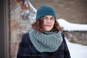 Fossetta Cowl and Hat in Lang Yarns Yak