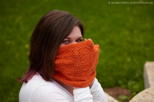 Audrey II Cowl held up to show stitch pattern