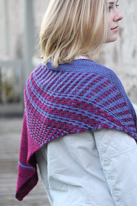 Vary, an asymmetric shawl with slipstitch color work and garter stitch.
