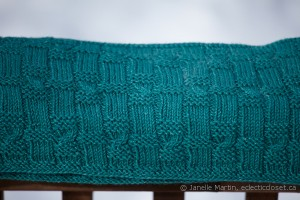 Stitch detail for Tiling Twists Cowl